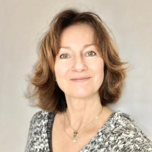 Marie Derennes, PSYCHOTHERAPIE HORS CADRE REGLEMENTE, ART-THÉRAPIEà St Philibert